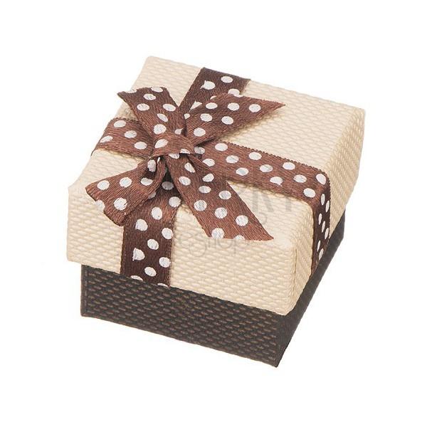 Darilna škatlica – rjav pikčast trak, bež pokrov