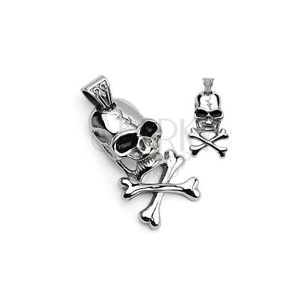 Obesek s piratskim simbolom - lobanja in prekrižane kosti