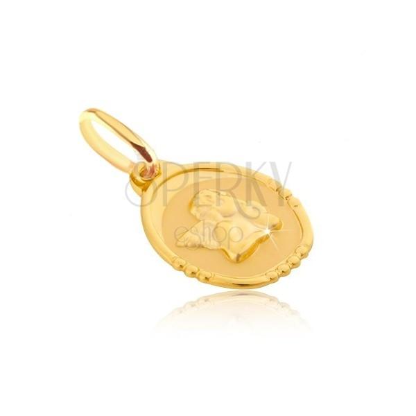 Zlat 585 obesek - ovalna ploščica z debelušnim angelom