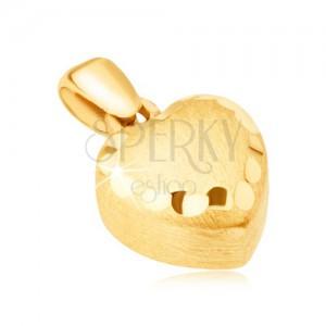 Zlat obesek - pravilno 3D srce, satenasta površina, okrasne vdolbine