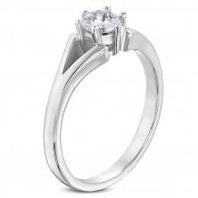 Jeklen prstan srebrne barve - zaročni, razcepljena kraka, prozoren cirkon