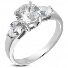 Zaročni prstan - 1 velik okrogel in 2 srčasta kamenčka