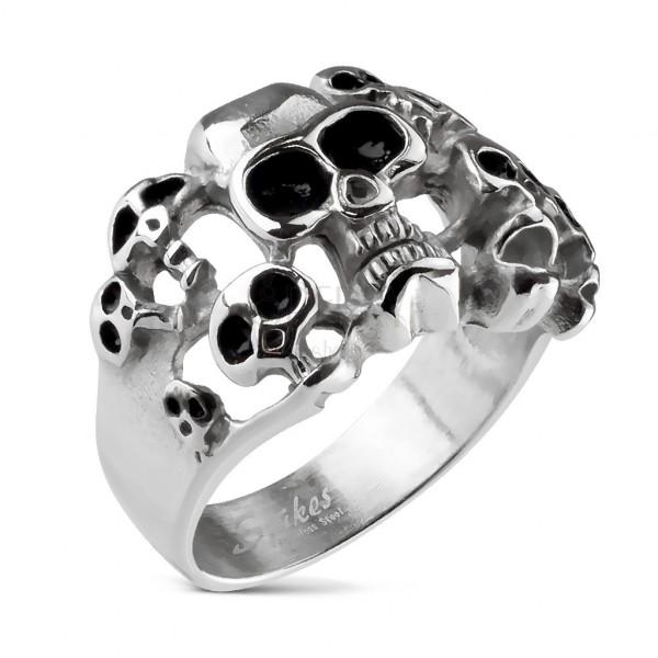 Prstan iz nerjavečega jekla 316 L srebrne barve – 10 lobanj s črno glazuro
