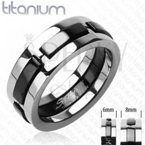 Titanov prstan z izbočenimi črnimi črtami