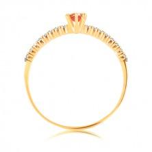 Prstan iz zlata 585 - prozorni cirkonski liniji, dvignjen okrogel rdeč granat