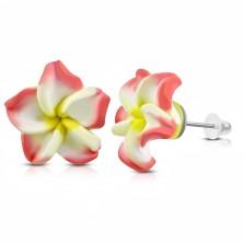 Uhani iz mase FIMO, rožnato-bel cvet z rumeno sredico, zaponke