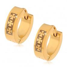 Jekleni uhani zlate barve z vzorcem treh malteških križev
