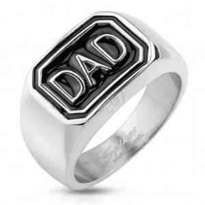 Prstan iz jekla 316 L srebrne barve, črn pravokotnik z napisom DAD