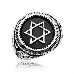 Masiven prstan srebrne barve, jeklo 316 L, Davidova zvezda na črnem krogu
