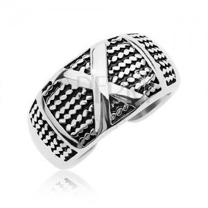 Patiniran jekleni prstan z vzorcem tanke verižice in velik X