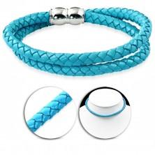 Ogrlica iz umetnega usnja svetlo modre barve, pleten vzorec, magnetno zapiralo