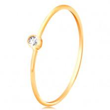 Diamantni prstan iz 14-k zlata - bleščeč prozoren briljant v sijoči objemki, ozka kraka