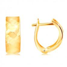 Uhani iz 14-k rumenega zlata - sijoča površina z brušenimi fasetami