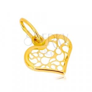 Obesek iz 14-k rumenega zlata – simetrično srce, okrašeno z izrezi