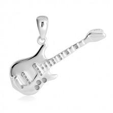 Obesek iz srebra 925 – detajlirana bas kitara, sijoča površina