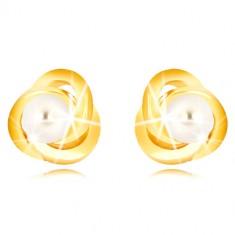 Uhani iz 9-k rumenega zlata – trije prepleteni obročki, bel sladkovodni biser, 3 mm