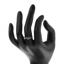 Prstan iz srebra 925 – pravokoten črn cirkon, okrogli prozorni cirkoni