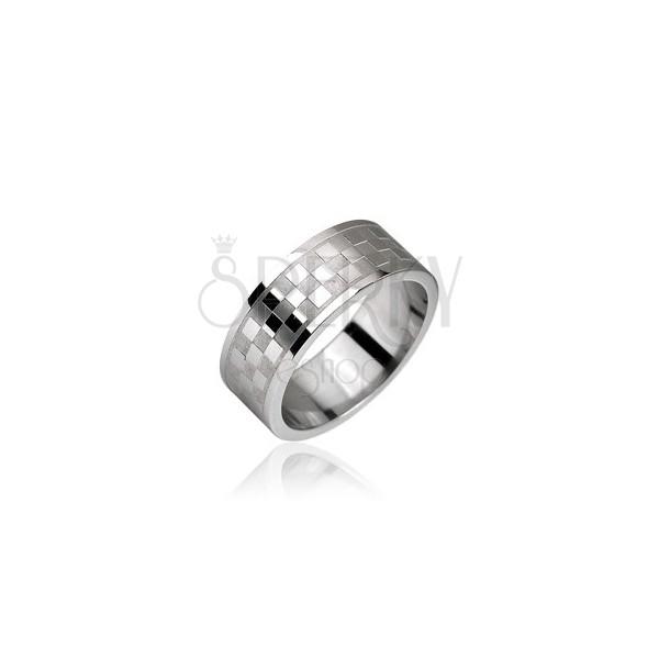 Jeklen prstan z vzorcem šahovnice