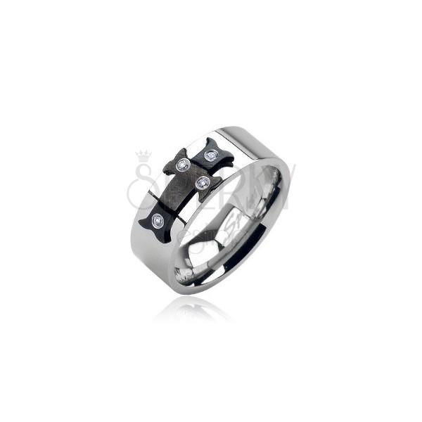 Jeklen prstan s črnim križem in kamenčki