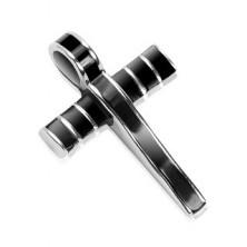 Jeklen obesek - masiven križ, okrašen s črno glazuro