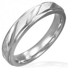 Mat jeklen ženski prstan z bleščečimi zarezami