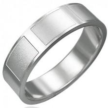 Bleščeč prstan iz jekla z mat pravokotniki