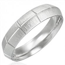 Mat jeklen ženski prstan z navpičnimi zarezami, zaobljen
