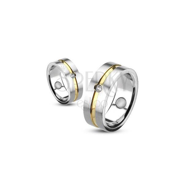 Prstan iz nerjavečega jekla z zlato linijo in vdelanim kamenčkom