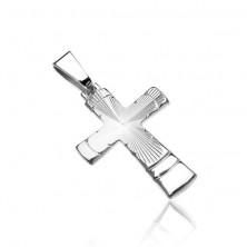 Srebrn obesek - križ s stožčastimi narebrenimi zarezami in loki