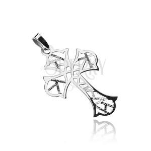 Srebrn križ z geometričnimi izrezi