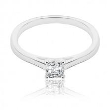 Zaročni prstan iz srebra - kvadratni cirkon z izbočenim delom